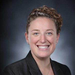 Dr. Lindsey Darvin Headshot